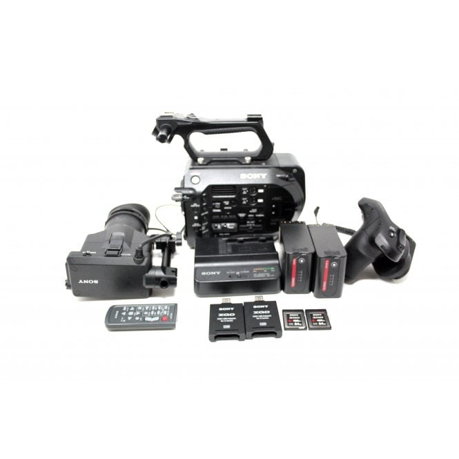 Sony PXW-FS7 Camera Kit, 760hrs, used