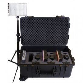 LG-B308RK 3 x 308 Light Daylight Reporter Lighting Kit
